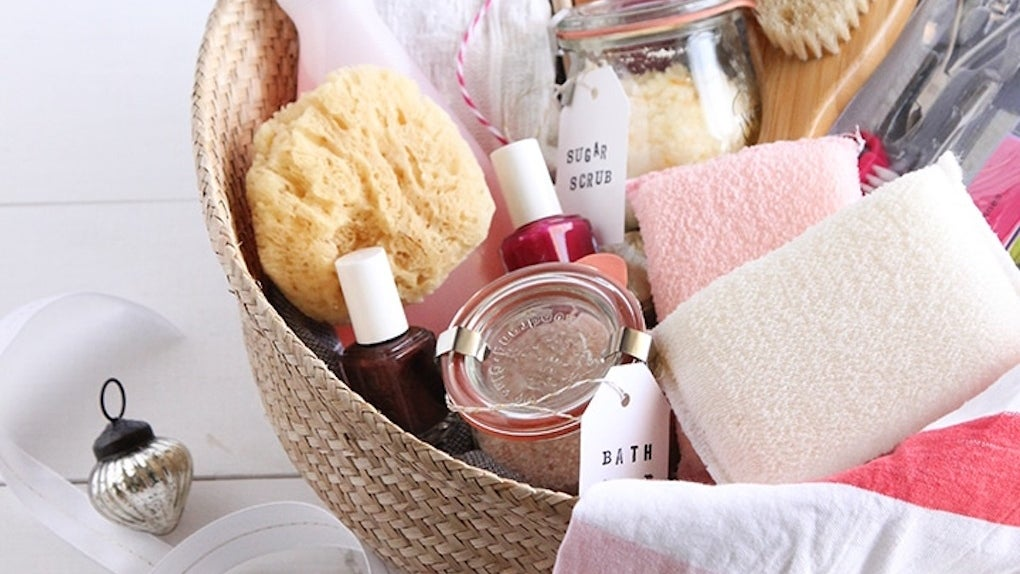 Gift basket for pampering yourself