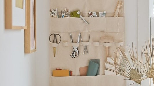 Home Office Life Hacks Wall Mounted Cloth Organizer